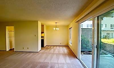 Living Room, 800 N Delaware St, 0