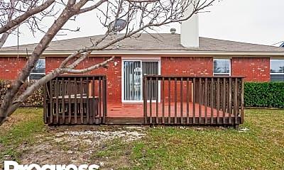 Building, 819 Carrington Dr, 2