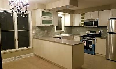 Kitchen, 1595 Atlantic St, 0