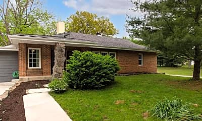 Building, 3372 OH-222, 0