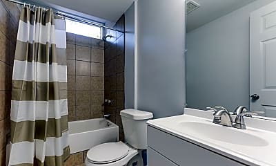 Bathroom, Room for Rent -  0.5 mi to Marta, 0