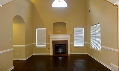Living Room, 440 Green Willow Cove, 1