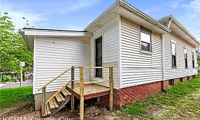 Building, 1106 N Osage St, 2