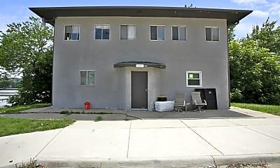 Building, 2807 Merriam Ln, 2
