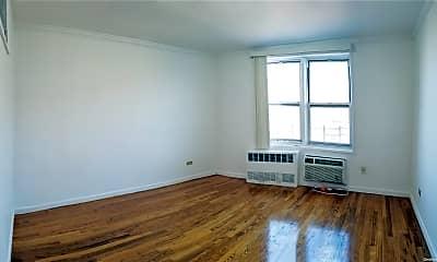 Living Room, 51-33 Goldsmith St 6A, 1