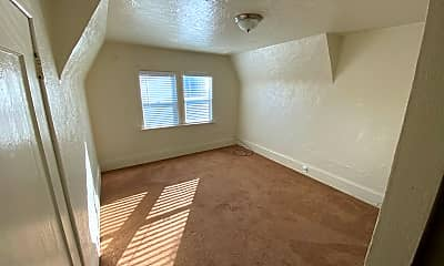 Bedroom, 940 33rd St, 1