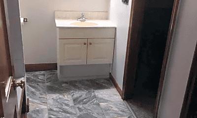 Bathroom, 6 Michelle Ln, 2