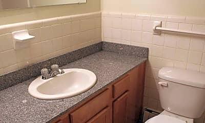Bathroom, Woodward North Apartments, 2