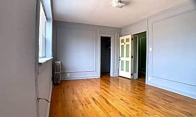 Living Room, 6912 N Ashland Blvd, 1