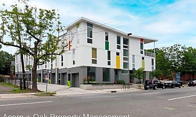 Building, 524 N Mangum St, 1