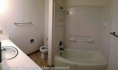 Bathroom, 336 California St, 2
