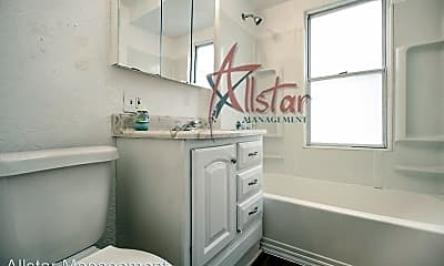 Bathroom, 4211 Valley Rd, 2