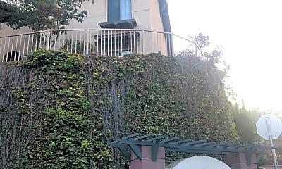 Fallbrook View Apartments, 1