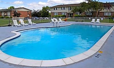 Pool, Huntington on the Hill, 0