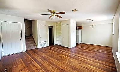 Living Room, 115 S Frio St, 0