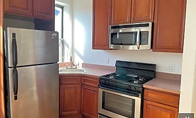 Kitchen, 526 Lafayette Ave 17, 0