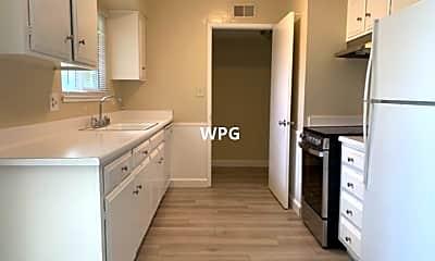 Kitchen, 1433 Essex Way, 1