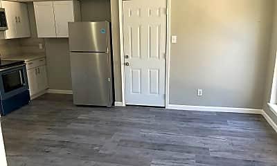 Living Room, 5054 Pine Cliff Dr, 1