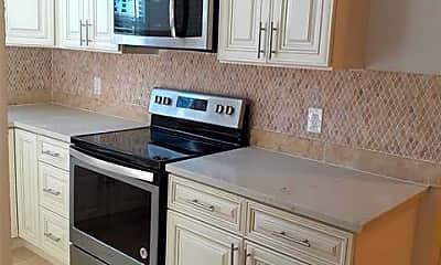 Kitchen, 5016 I-35E F, 1