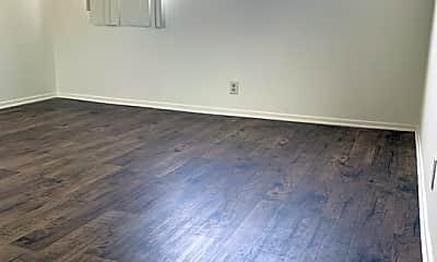 Living Room, 220 Bay St 205, 2