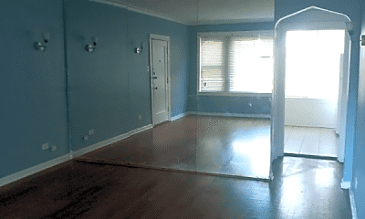 Living Room, 7932 S St Lawrence Ave, 0