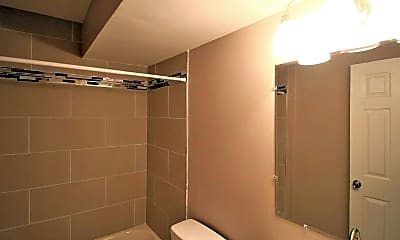 Bathroom, St. Georges Apartments, 2