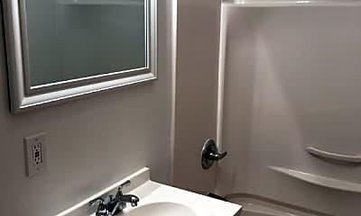 Bathroom, 41 Shultas Pl, 2