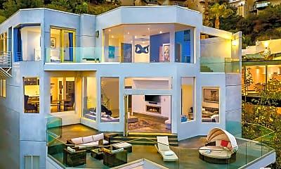 Living Room, 2183 Sunset Plaza Dr, 1