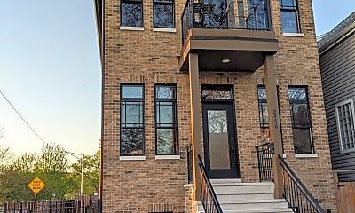 Building, 2456 W Byron St, 2