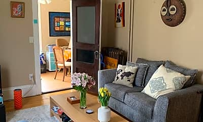 Living Room, 960 19th Ave NE, 1