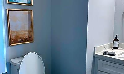 Bathroom, 2237 Lago Madero, 2