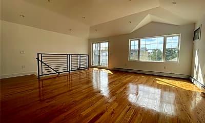 Living Room, 72-16 Burchell Ave, 1