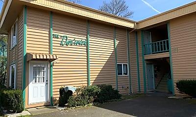 Building, 5420 SE Lafayette St, 0