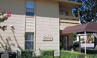 Redbud Trails Apartments, 0