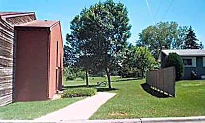 Pelican River Apartments, 1