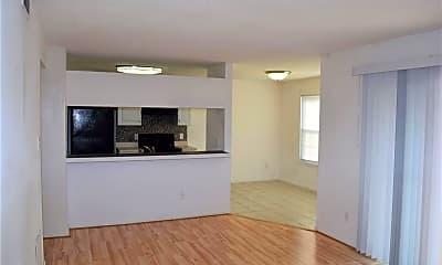 Living Room, 632 Spirit Ct, 1