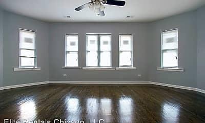 Living Room, 7920 S Bennett Ave, 1
