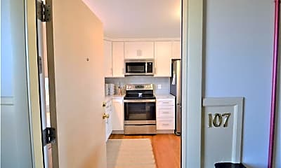 Kitchen, 70 Carroll Ave 107, 1