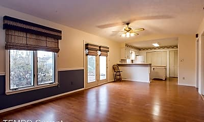 Living Room, 3313 S Allendale Dr, 1