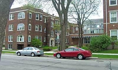 Building, Cass Street Apartments, 1