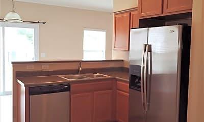 Kitchen, 13718 Porter Creek Rd, 1