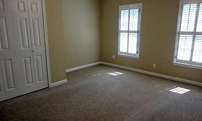Living Room, 3407 Fairway Court, 2