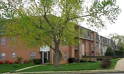 Monticello Square Apartments, 0