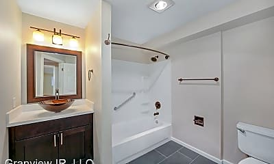 Bathroom, 1120 N 93rd St, 1