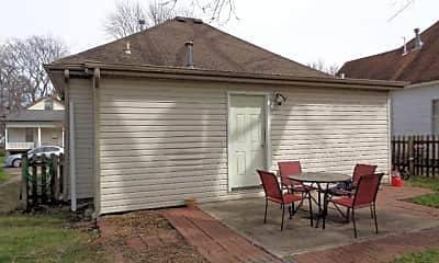 Patio / Deck, 803 Mt Vernon Ave, 2