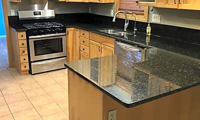 Kitchen, 880 Dietz St, 2