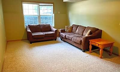 Living Room, 301 N Linden St, 1