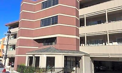 Building, 655 Corbett Ave, 0