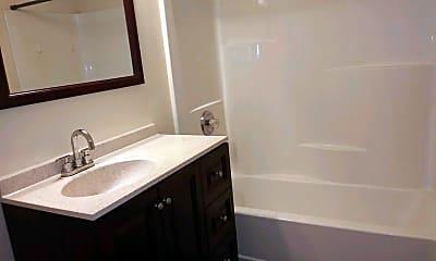 Bathroom, 3303 Sun Valley Terrace, 2