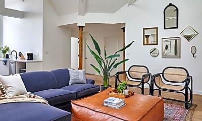 Living Room, Common Monroe, 1